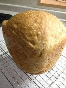 HB全粒粉100%メープルミルクパン นม 200cc แป้ง 250g เกลือ 4g น้ำเชื่อมเมเปิ้ล 15g น้ำมันมะกอก 10 g ยีสต์แห้ง 5g