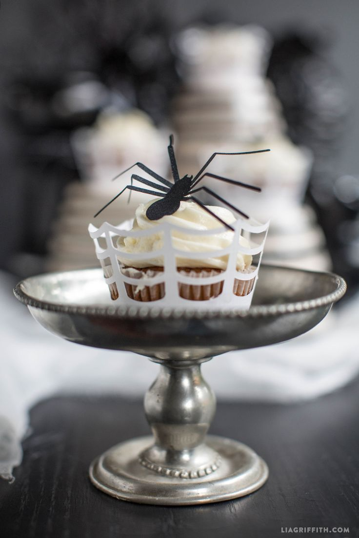 Paper Spider Halloween Cupcake Toppers - Lia Griffith