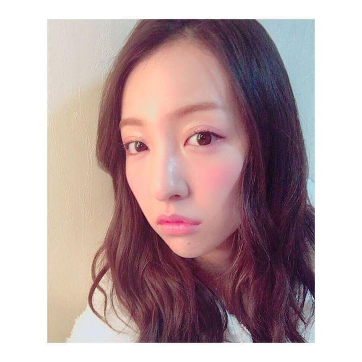 板野友美が春メイク顔をした結果www
