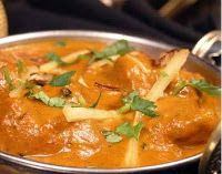 Butter chicken or murgh makhani is a classic Indian Punjabi recipe, that was probably developed during the time of the Mughal Empire.