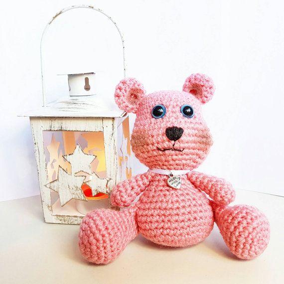 Guarda questo articolo nel mio negozio Etsy https://www.etsy.com/it/listing/502965701/teddy-bear-amigurumi-artu-soft-yarn-tiny
