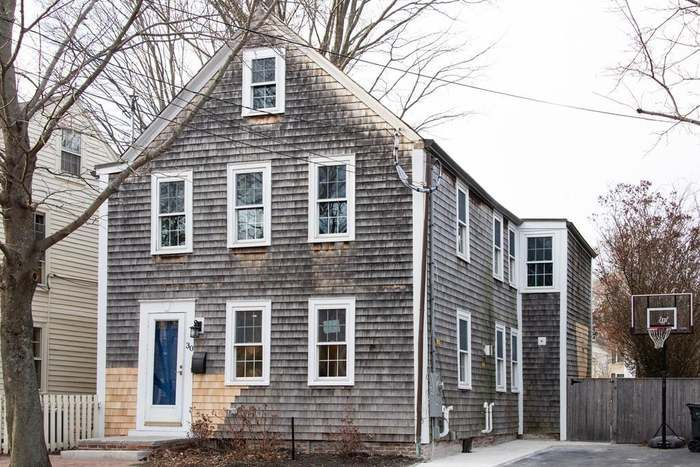 30 Kent St Newburyport Ma 01950 Mls 72432687 Redfin With Images Kent St Newburyport House Styles