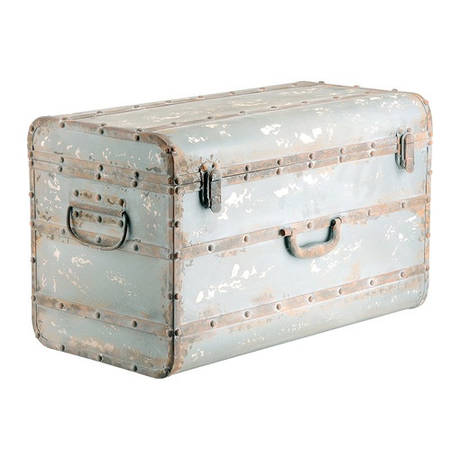 I pinned this Cobek Storage Trunk from the Jansen & Brown event