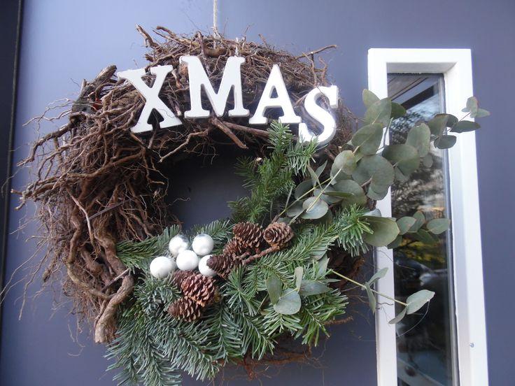 Een kerstkrans gemaakt voor aan de voordeur...
