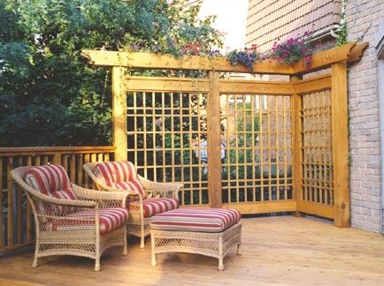Love this idea for the deck corner so can't see the zymlowskis