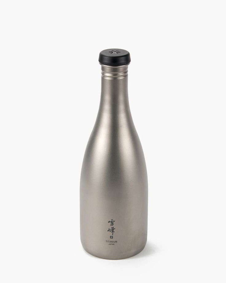 Snow Peak Titanium Saké Bottle