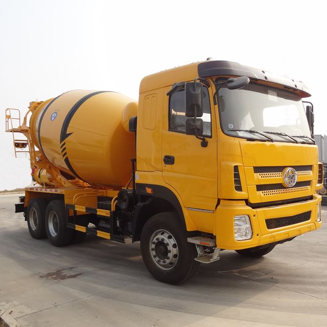 Yunlihong 8 Cubic Meters Concrete Mixer Truck , Concrete Truck Mixer