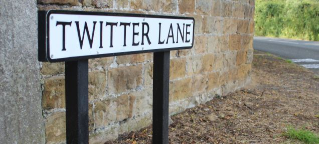 Report: Twitter's Teaming With Foursquare to Improve Location Data