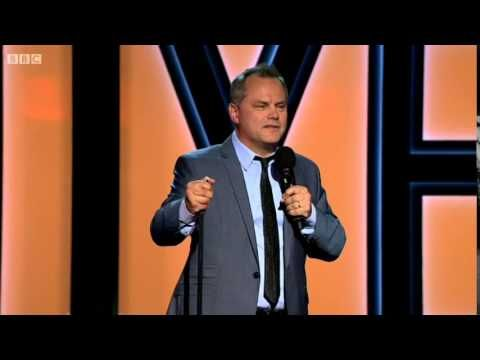 Jack Dee on Scottish Independence and sings a song called 'Sorry we got on your tits'! - YouTube