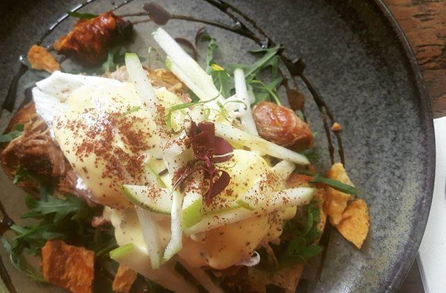 Pulled Pork Benny.  #pork #pulledpork #eggs #eggsbenedict #thewoodenwhisk #brunch #crowsnest #sydneyfood #yum #langfoodstuff #crackling #porkcrackling #sydneyfoodblog #sydneyfoodie #foodporn #foodblogger #foodblog
