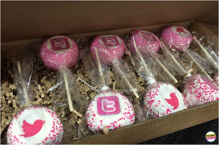 custom #cakepops packaged for @Twitter make a sweet treat.