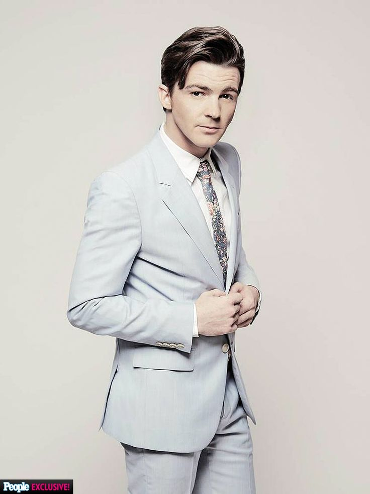 Drake Bell wearing Marc Jacobs Spring '14