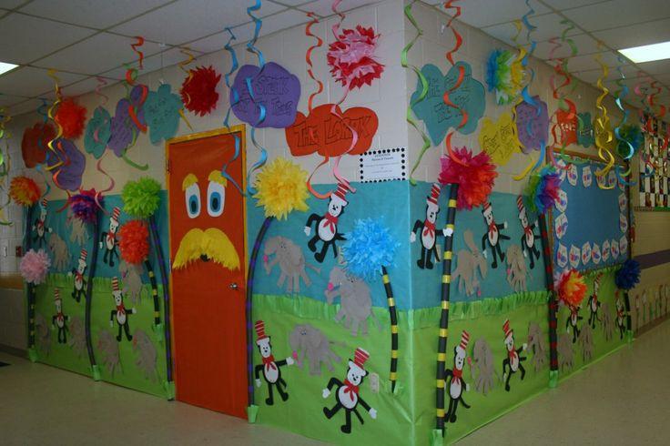 Classroom dr seuss door hallway decoration classroom for P g class decoration