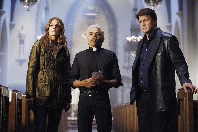 Castle Season Finale Photos: Beckett Hunts Down the Man Who Shot Her