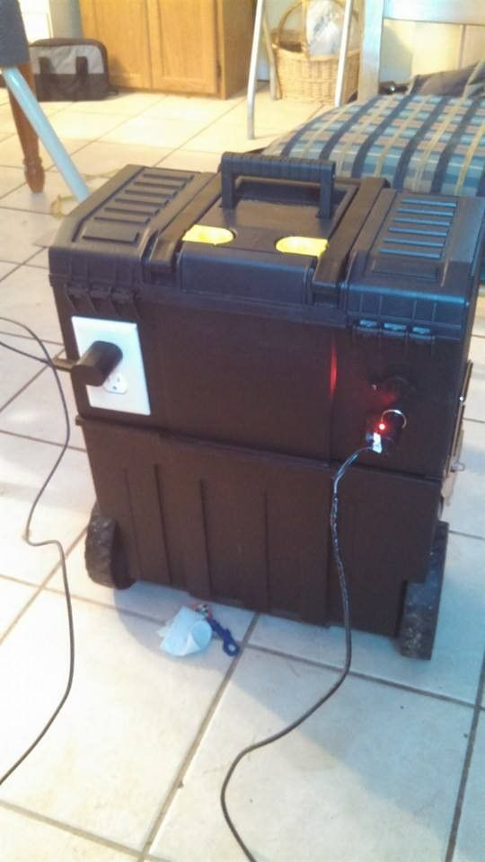 Solar Power Station by somohick -- Homemade solar power station constructed from a surplus 5W solar panel, 400-watt inverter, a charge controller, a plastic rollaway toolbox, and electrical outlets. http://www.homemadetools.net/homemade-solar-power-station