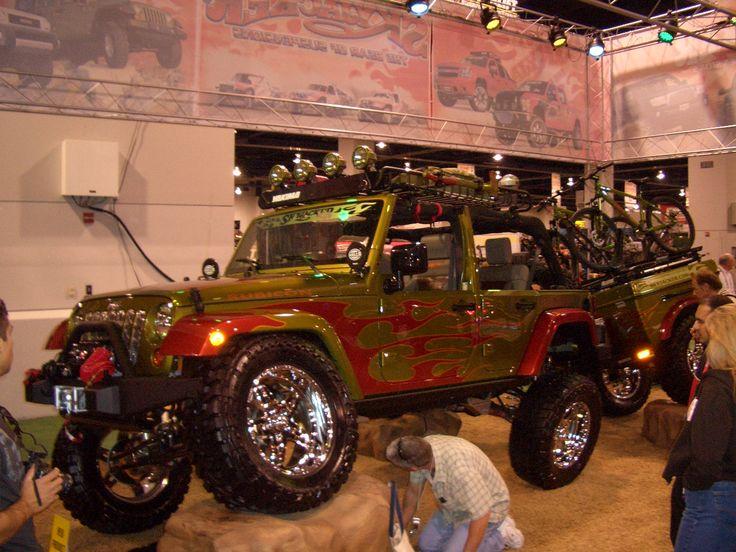Keep with a wicked paint job: Paintings Job, Nice Paintings, Rocks Climbers, Jeeps Oiiiiiiio, Jeeps Things, Wicked Paintings, Real Nice, Jeeps Gifts, Jeeps Jeeps