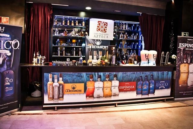 La cosa es que Drinks Marketing Group en colaboración con la Embajada de México, Promexico, Turismo de México, la Comisión Reguladora del Tequila (CRT) y Centro México Madrid nos vuelven a alegrar con la tercera edición de Mexican Spirits Culture. http://blogs.periodistadigital.com/elbuenvivir.php/2013/02/25/p329683#more329683