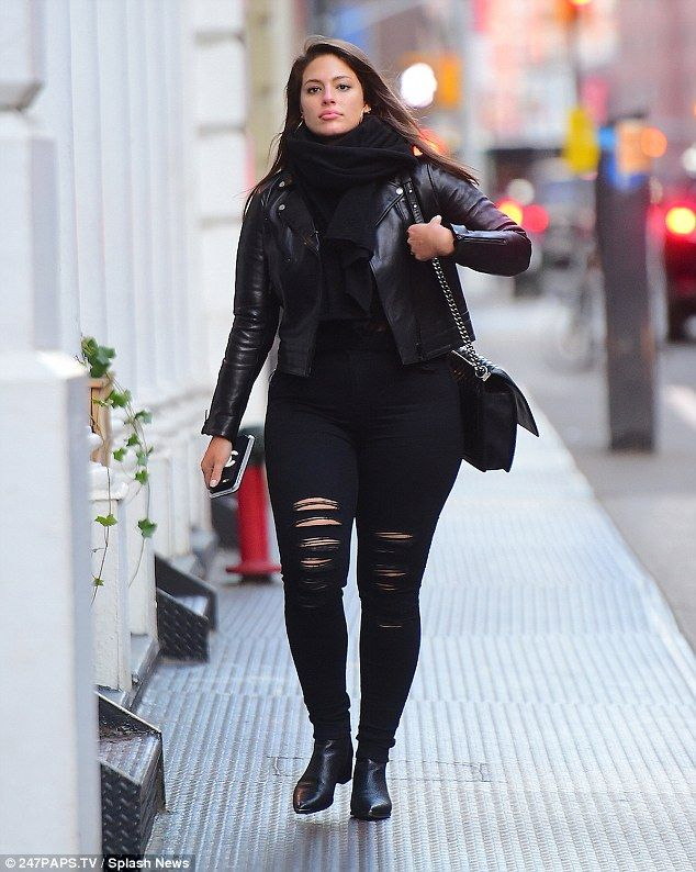 Ashley Graham keeps it casual and coordinated in black ensemble