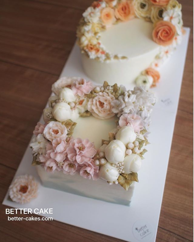 Done by students of BETTER CLASS (베러 심화클래스/Advanced course) www.better-cakes.com . Any inquiries about my class, plz send me email. 👉🏻bettercakes@naver.com  #buttercream#cake#베이킹#baking#koreanbuttercream#koreancake#버터크림케이크#베러케익#yummy#flower#꽃#sweet#플라워케이크#foodporn#birthday#wedding#디저트#foodie#dessert#버터크림플라워케이크#following#food#piping#beautiful#flowerstagram#instacake#pastry#꽃스타그램#공방#instafood#