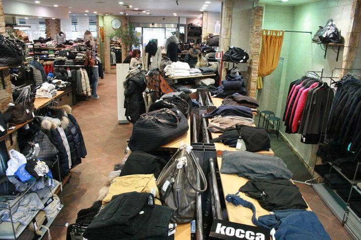Un assortimento infinito di linee #sportswear e di abbigliamento per lo #sport www.angolodellosport.com