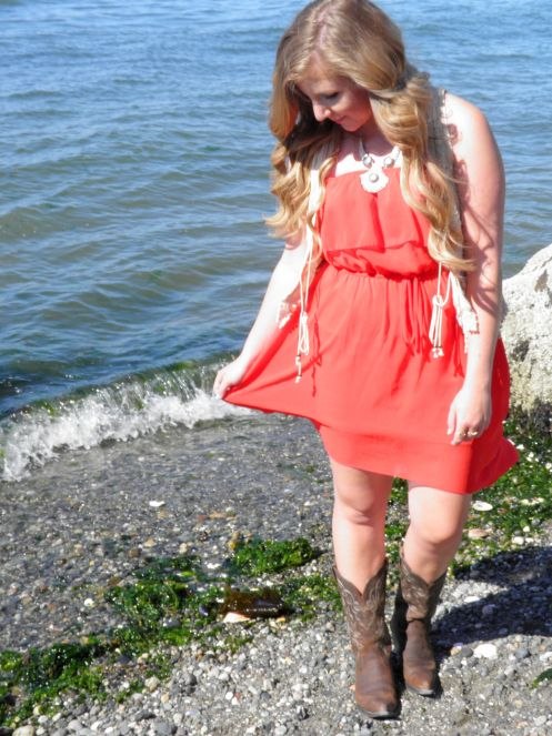Country music festival outfits! How to wear cowboy boots with dresses on the blog now. (country music, country, country outfit, cowgirl, cowgirl outfit, boots with dresses, cowboy boots outfit, boho chic, cute summer outfit, music festival, music festival outfit, country outfitter)