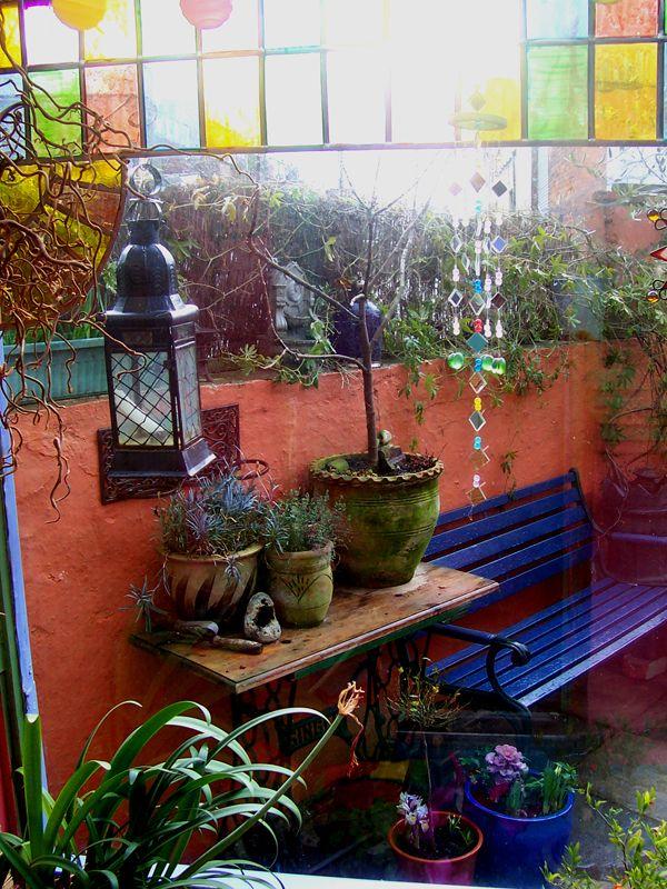 Boho patio yard (beautiful coloured glass)