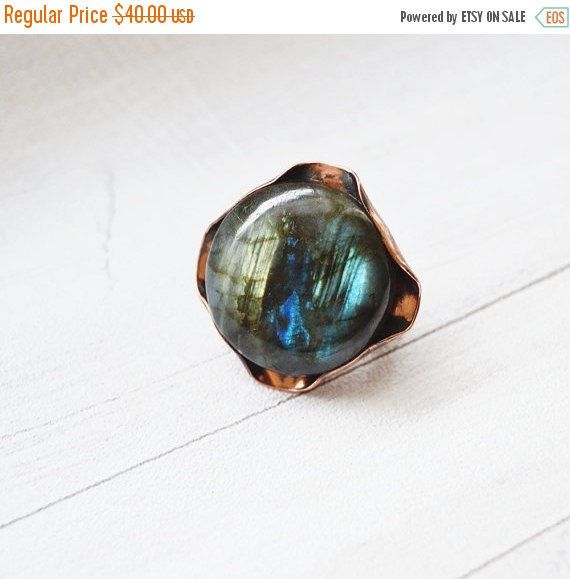 Large Ring Copper Labradorite Stone Boho by SzkatulkaAmiJewelry #copperring, #labradoritering
