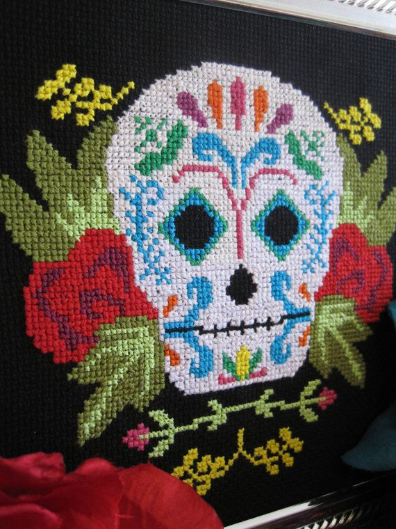 Pattern - Dia de los Muertos Mexican Sugar Skull Cross Stitch Chart PDF. $5.00, via Etsy.