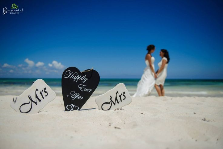 Happily ever after! Love Bicoastal images!  @fiestagroup @bicoastalimages #lizmooreweddings