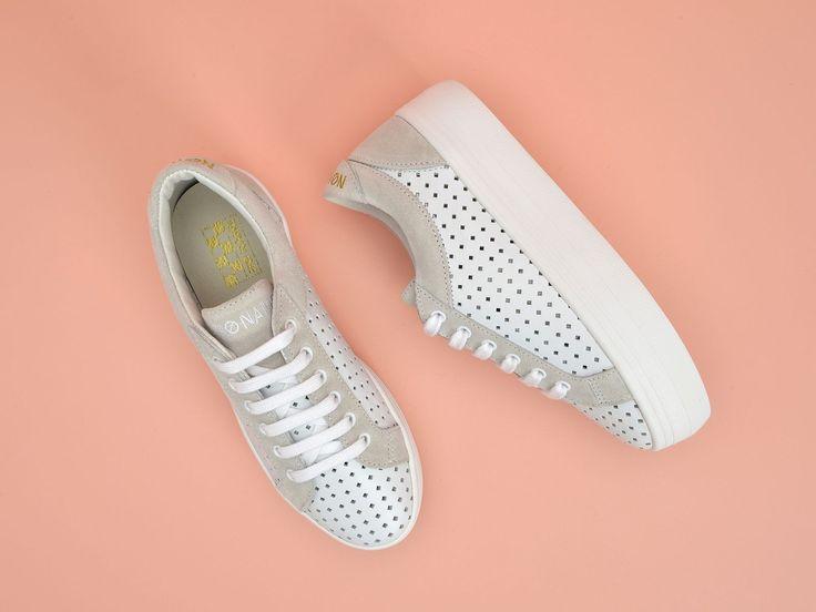 Découvrez le Plato Bridge en version cuir perfo et suede. Toute la gamme des chaussures No Name sur l'eshop officiel.