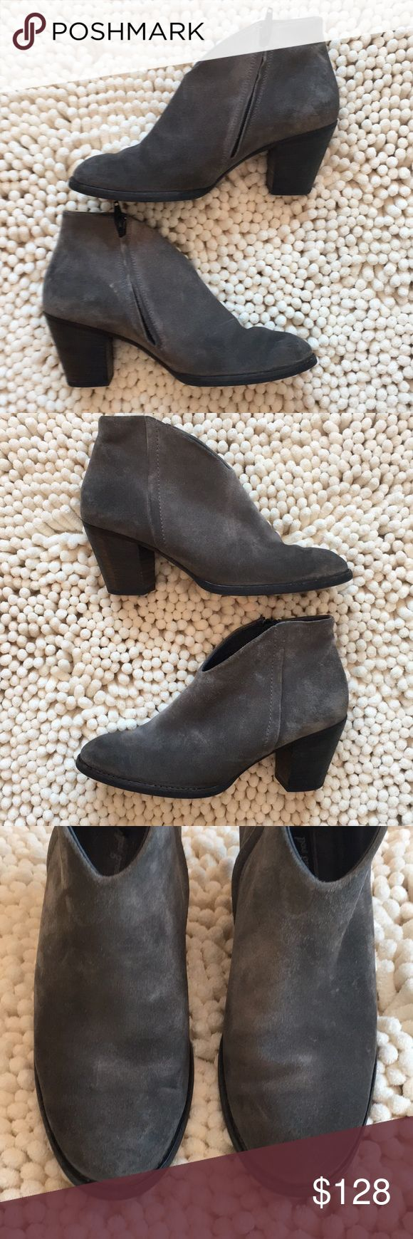 Paul Green Gray Leather Suede Bootie Great preloved condition size 8.5 super cute zips close approximately 2 3/4 inch heel excellent quality beautiful boot no rips no tears no stains non-smoking environment 💕 Paul Green Shoes Ankle Boots & Booties