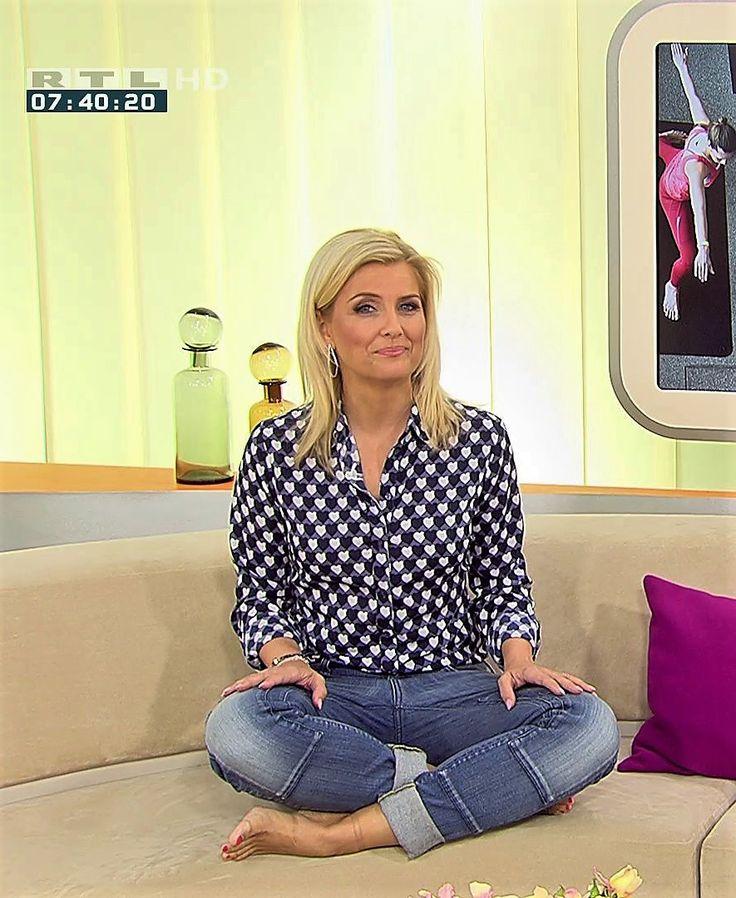 Jennifer Knäble RTL TV   Gorgeous women, Fashion, Jenny