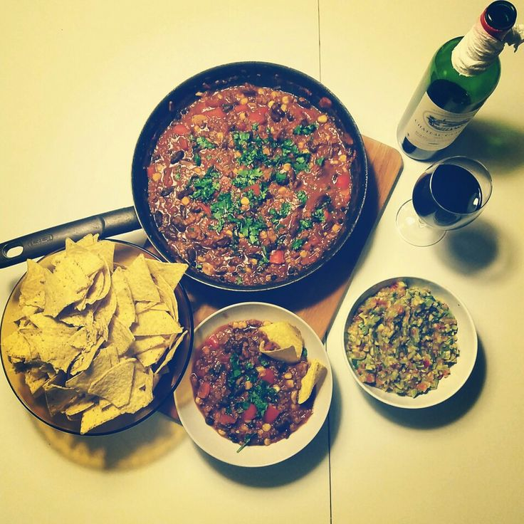 mexican inspired dinner: chilli con carne