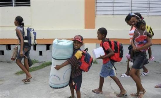 ΗΠΑ 1 εκατ. άνθρωποι θα απομακρυνθούν από τα σπίτια τους λόγω του τυφώνα Μάθιου - Real.gr