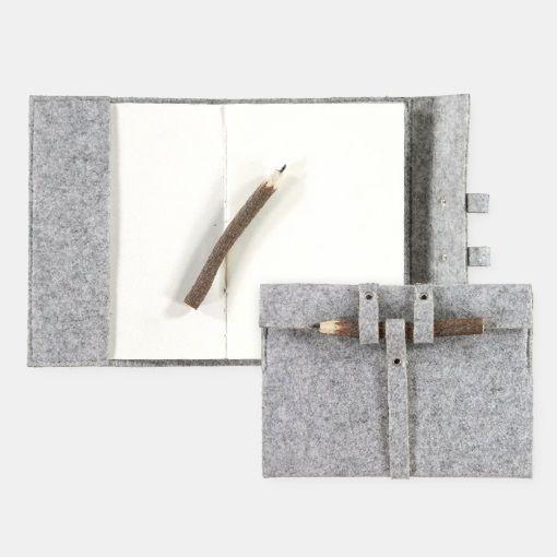Kit filt notesbog 20x25 cm lys grå mel. - STOFF & STIL