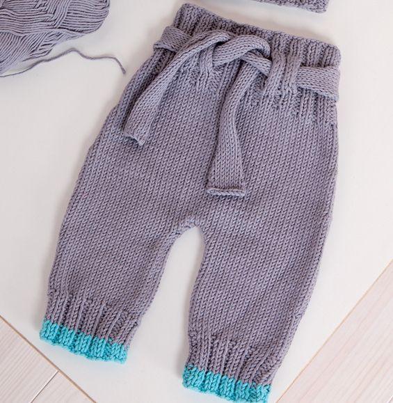 Pantalon bébé en point jersey, côtes 2/2, côtes 2/2 rayées.