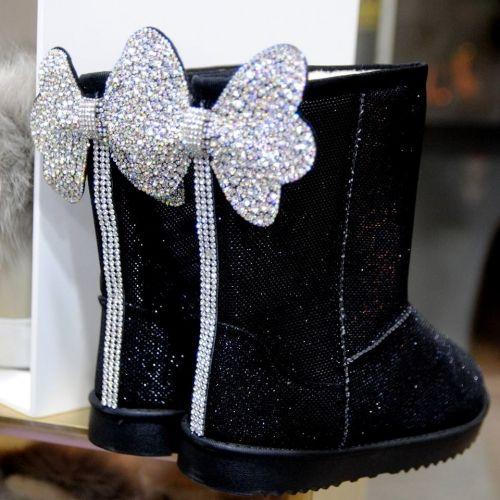 Xειροποίητες μπότες στολισμένες με στρας και κρύσταλλα  http://handmadecollectionqueens.com/Μποτες-στολισμενες-με-κρυσταλλα  #handmade #fashion #boots #women #footwear #storiesforqueen