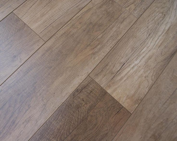 Laminate Flooring - 12mm Casual Oaks Collection Reclaimed Barn Oak
