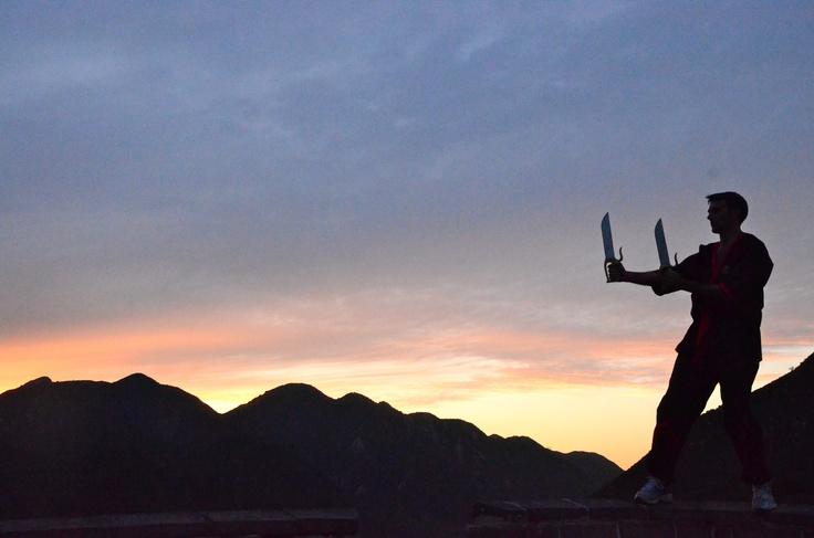 Beim Sonnenuntergang auf der Großen Mauer kann man so einiges entdecken.