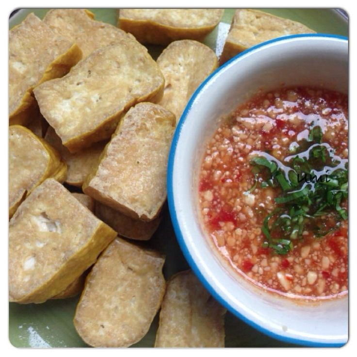 Fried Tofu with Peanut Dipping Sauce