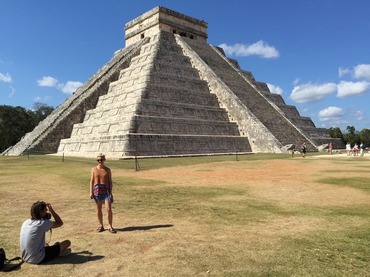 El Castillo, named as one of the new Seven Wonders of the World (AKA the Kukulkan Pyramid) at Chichen Itza, Mexico.