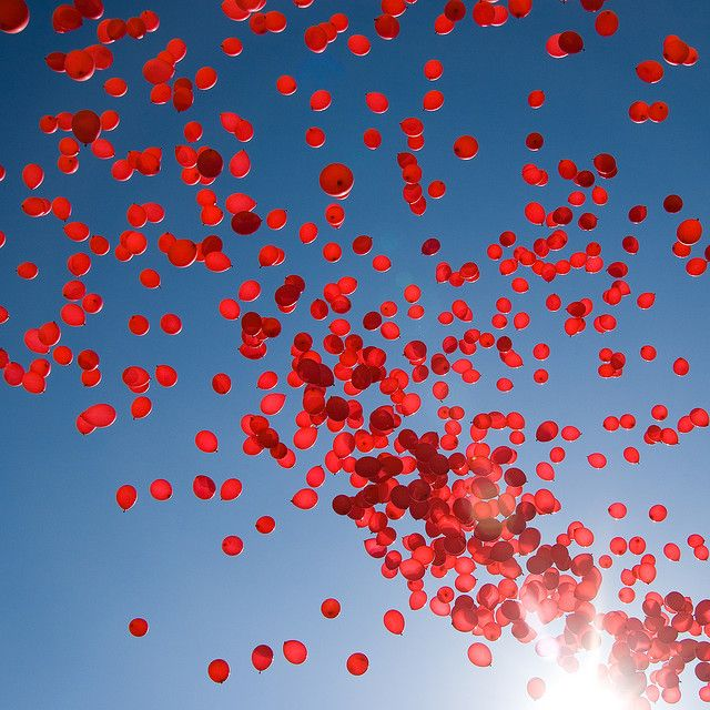 red balloons99 Red, Rice, Blue Sky, Red Balloons, Love Pictures, Talent O'Port, Colors Schemes, Balloons Relea, Champagne Bubbles