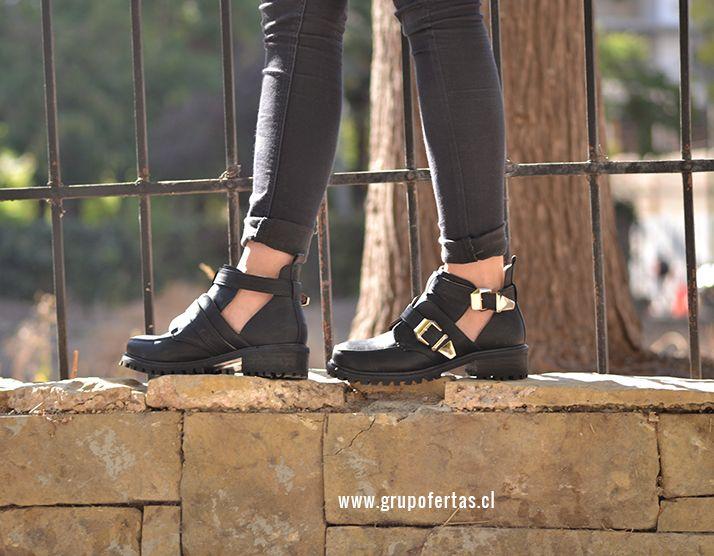 Cut Out Boots Black
