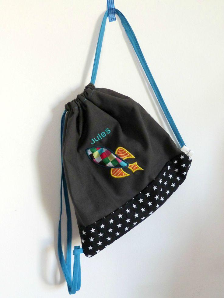 sac en coton brodé au prénom de l'enfant