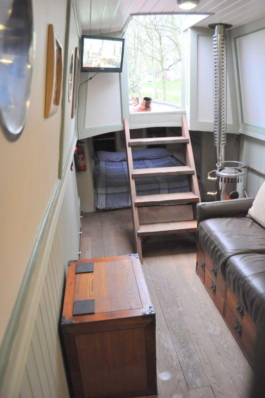 Tug bed, dog bowl portholes