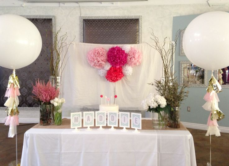 Head Table Set Up For A Korean First Birthday Click Pictures Of The Party On Blog Dol Astilbe Tassel Poms Herringbone Hydrangeas