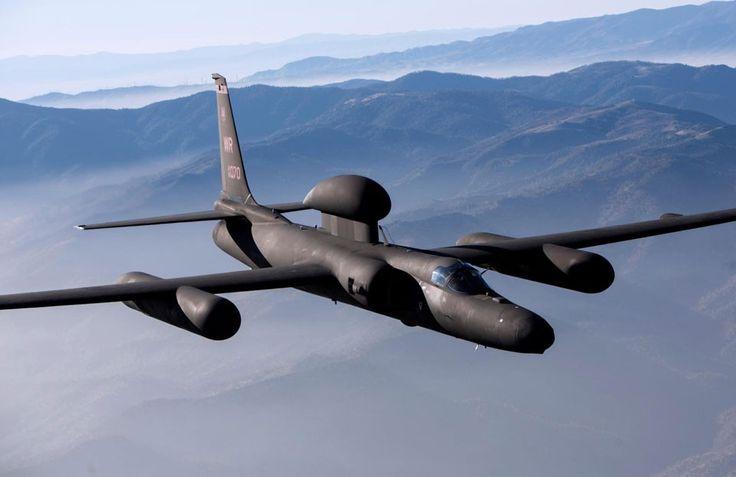 O Lockheed U-2 pode cumprir missões de vigilância e espionagem (Foto - USAF)