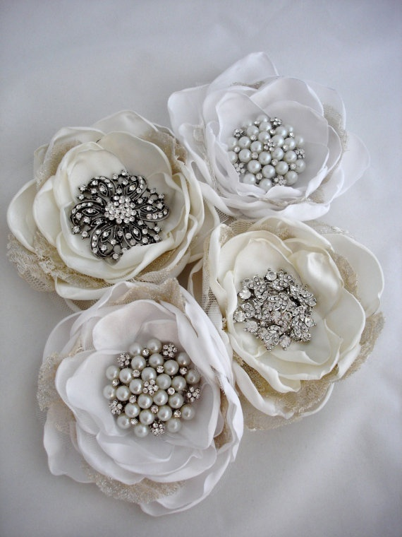 and how utterly gorgeous are these! corsages or chair backs or buffet table lollies - such endless possibilities! by LillybudsBouquets on Etsy