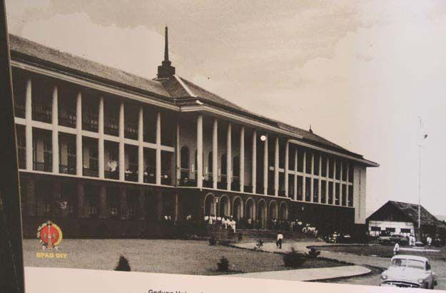 Kraton Pernah Digunakan untuk Ruang Kuliah Mahasiswa UGM