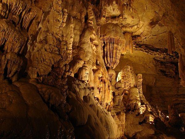 Natural Bridge Caverns | Texas
